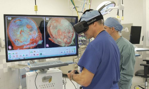 neurosurgeon using VR
